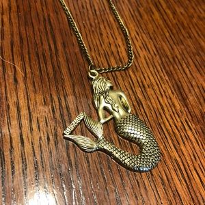 Gold colored Mermaid necklace